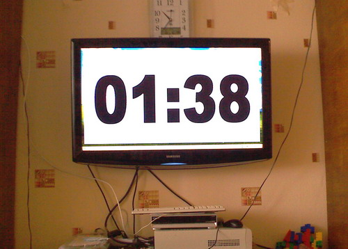 Full screen XNote Stopwatch on a LCD TV (stopclock)